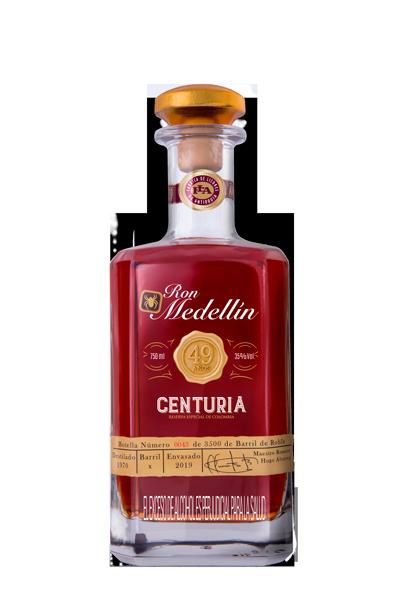 Ron Medellín Centuria 49 Años